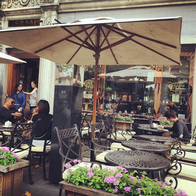 Photo of the Day: Cafes in Xintiandi Shanghai