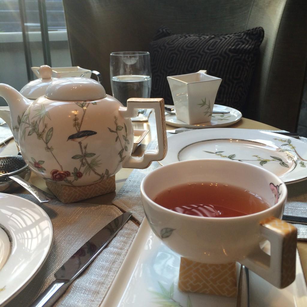 afternoon tea at mandarin oriental pudong shanghai