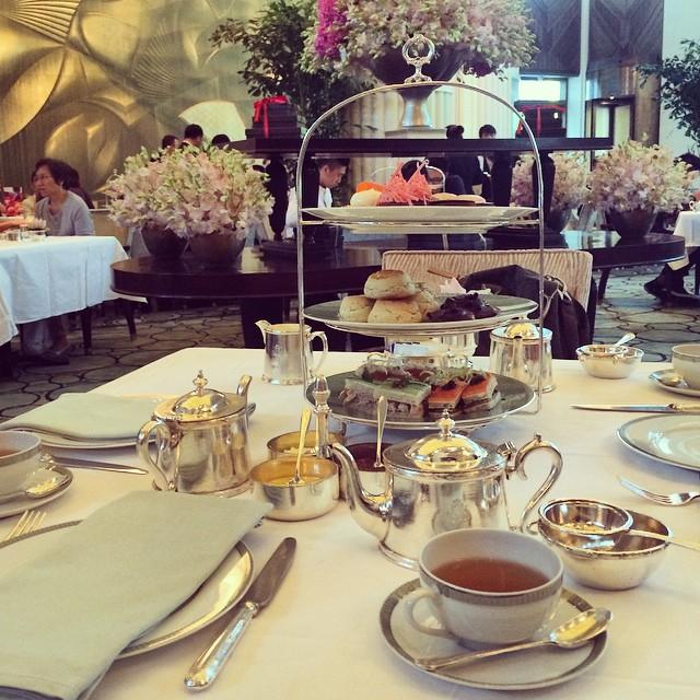 afternoon tea at the peninsula shanghai