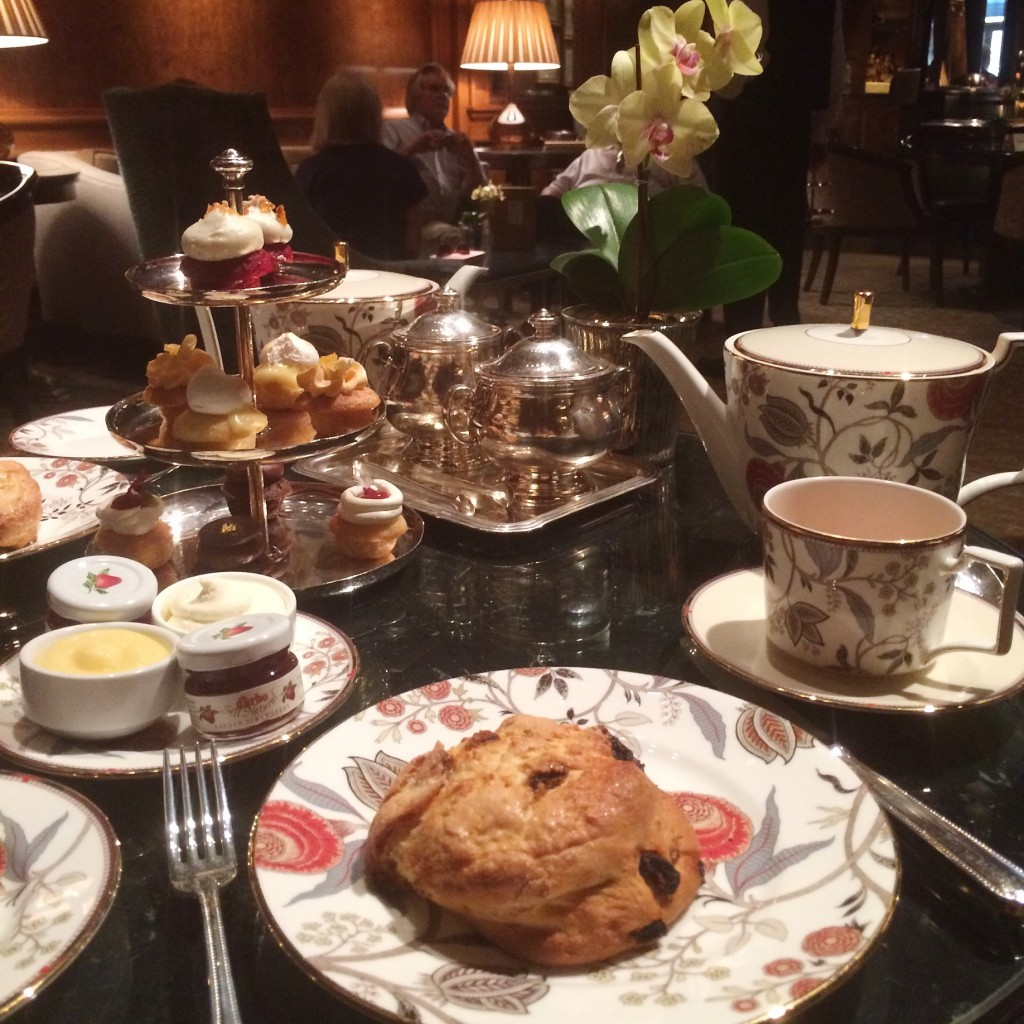 afternoon tea at the ritz carlton new york central park