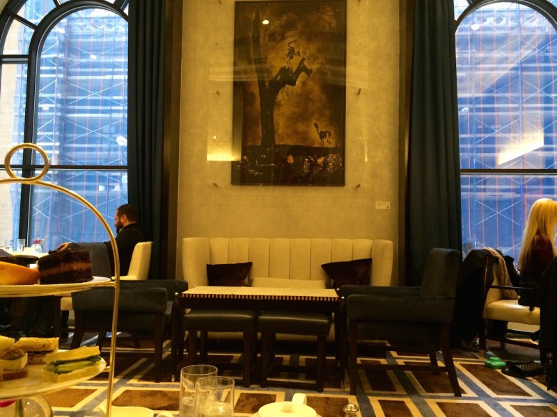 gotham lounge at the peninsula new york