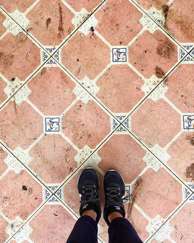 tarqui church tile ecuador