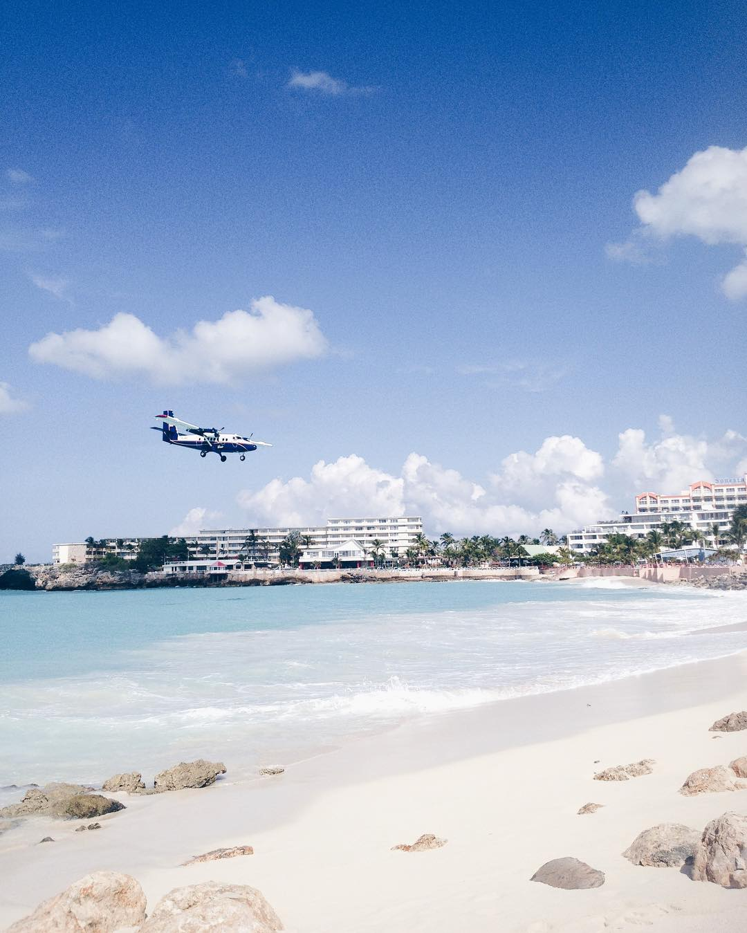 Photo of the Day: Plane Landings in Maho Beach, St. Maarten