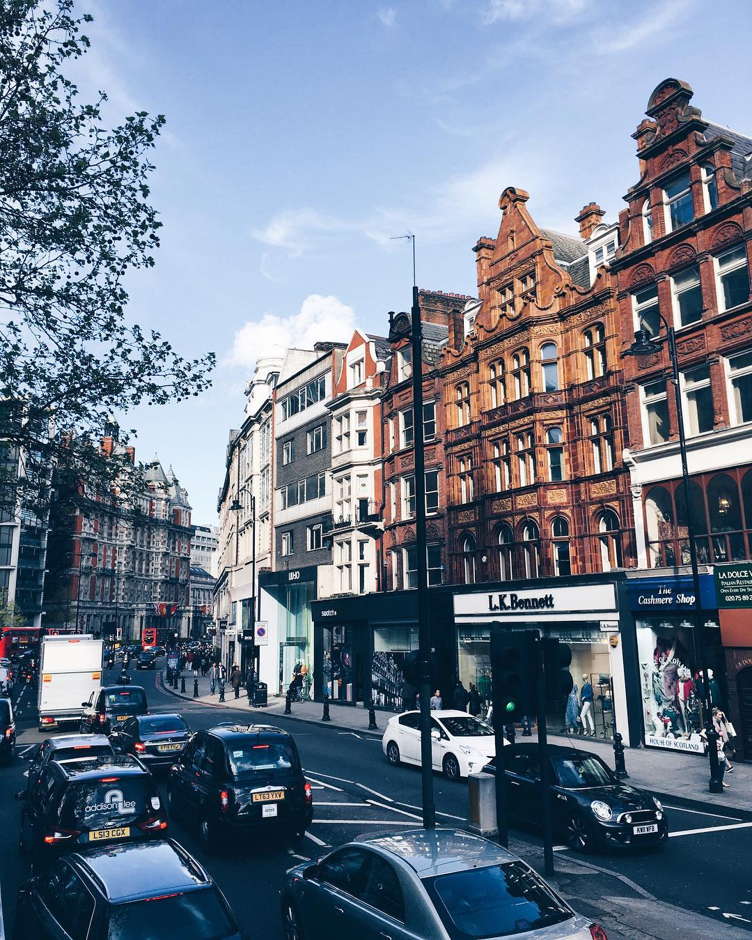 Photo of the Day: Dreaming of Knightsbridge London
