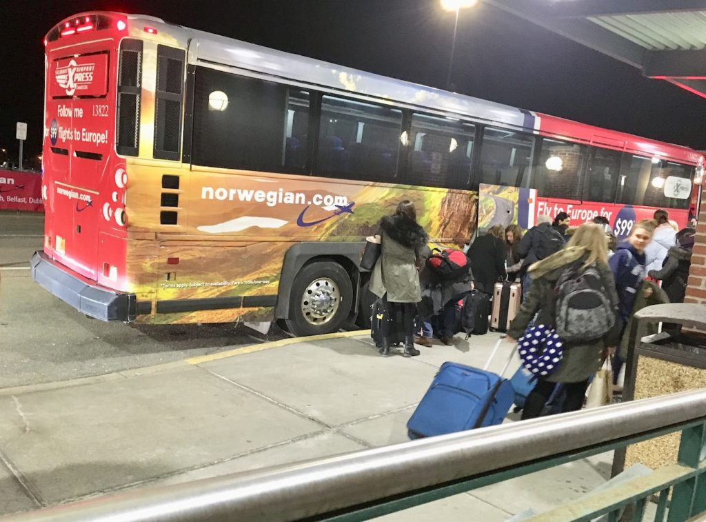 norwegian air stewart express bus