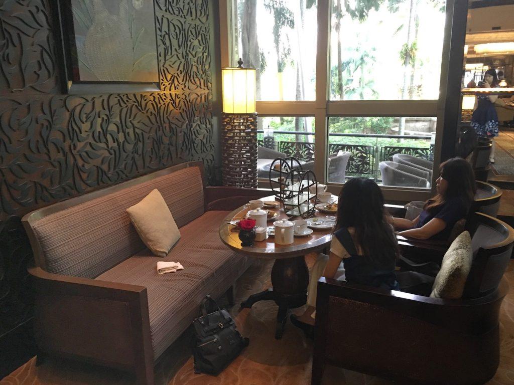 mandarin oriental kuala lumpur lounge seat