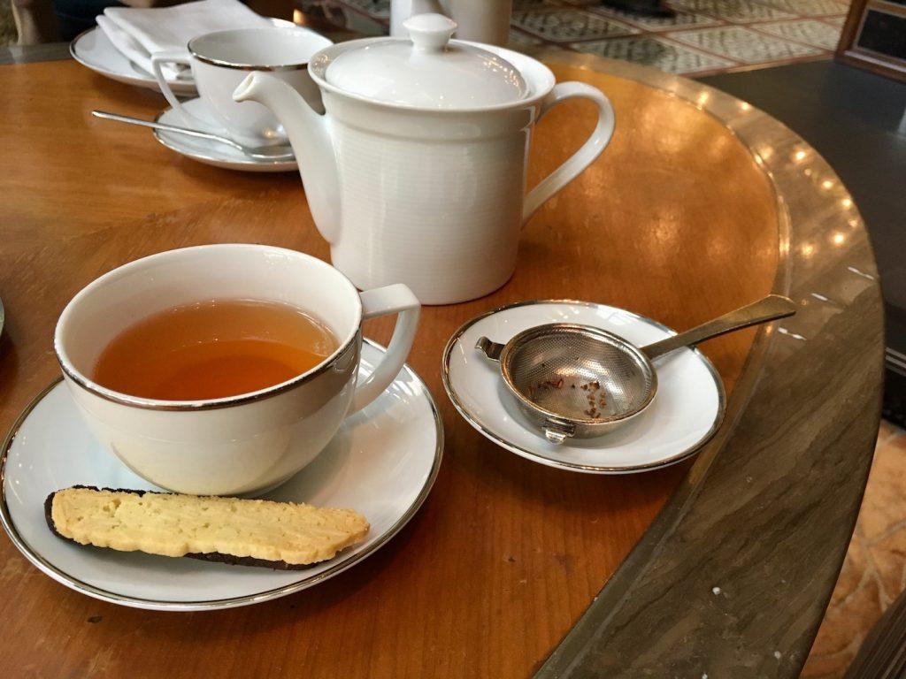 mandarin oriental kuala lumpur tea and biscuit