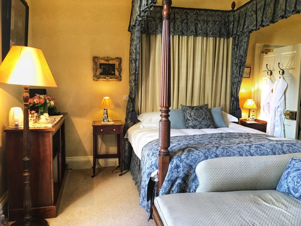 winton castle room to stay