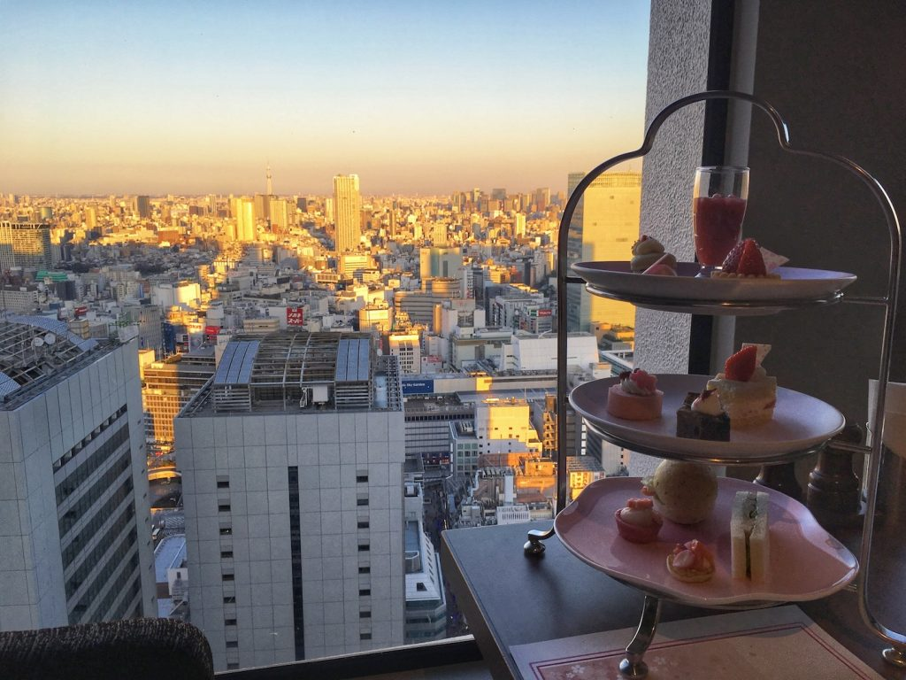 afternoon tea keio plaza hotel with a view