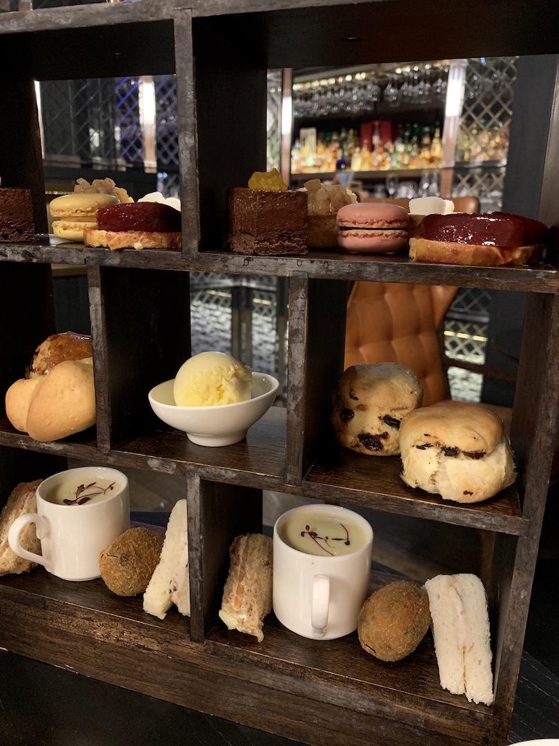 Radisson Collection Royal Mile Tea Stand