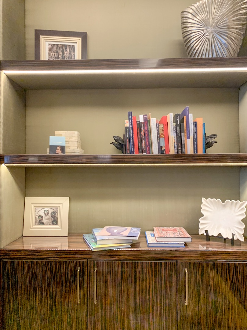 fairmont amman gold lounge books