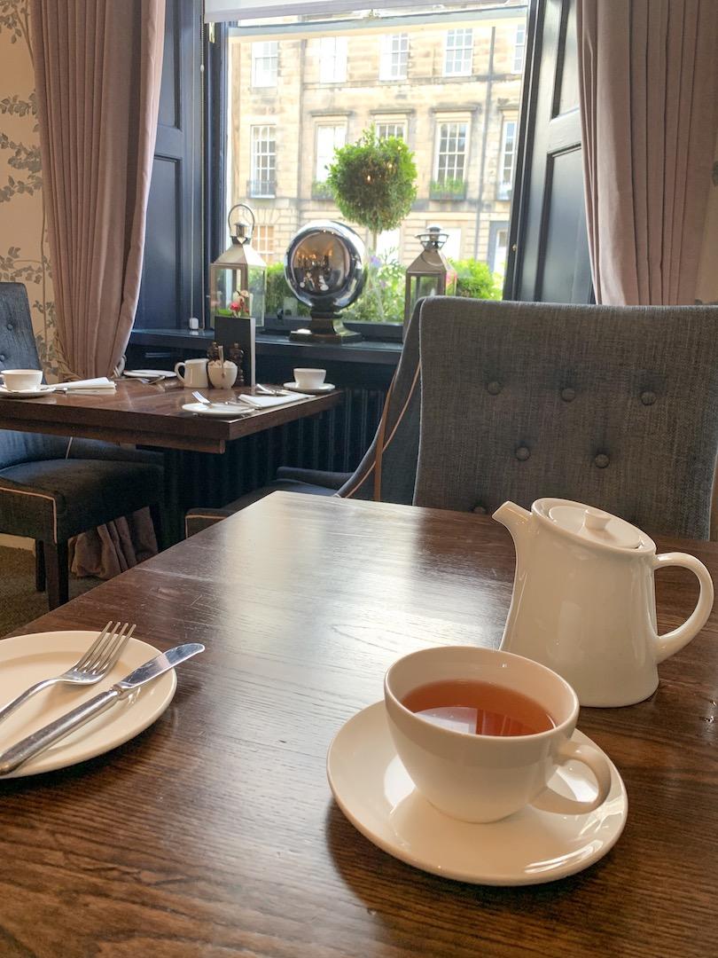 Nira Caledonia breakfast tea